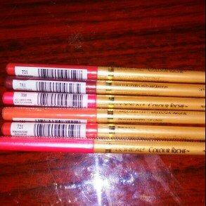Photo of L'Oréal Paris Colour Riche Lip Liner uploaded by Barbie S.