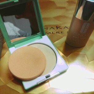 Photo of Clinique Stay-Matte Sheer Pressed Powder uploaded by Scheherazade L.