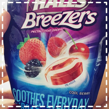 Halls Breezers: Cool Berry Non-Mentholated Pectin Throat Drops uploaded by Erika D.