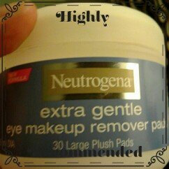 Photo of Neutrogena® Extra Gentle Eye Makeup Remover Pads uploaded by Sherry Ann S.