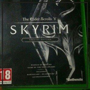Photo of Bethesda Elder Scrolls V: Skyrim (Xbox 360) uploaded by Cerys P.