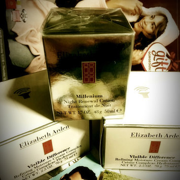 Photo of Elizabeth Arden Visible Difference Refining Moisture Cream Complex uploaded by Lori B.