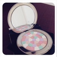 Guerlain Météorites Voyage Exceptional Compact uploaded by Patricia A.