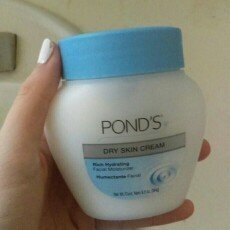 Pond's Dry Skin Cream uploaded by member-b3ab0026b