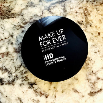 Photo of MAKE UP FOR EVER Ultra HD Microfinishing Pressed Powder uploaded by Stephanie G.