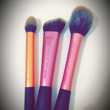 Photo of Head Real Techniques Sculpting Makeup Brush uploaded by Ericka M.