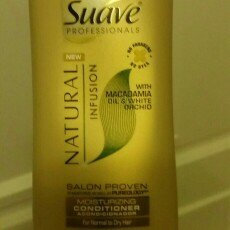 Photo of Suave Natural Infusion Macadamia Moisturizing Conditioner uploaded by Karla H.