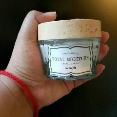 Benefit Cosmetics Total Moisture Facial Cream uploaded by Mary T.