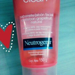 Neutrogena Oil-Free Pink Grapefruit Acne Wash Facial Cleanser uploaded by Fernanda S.