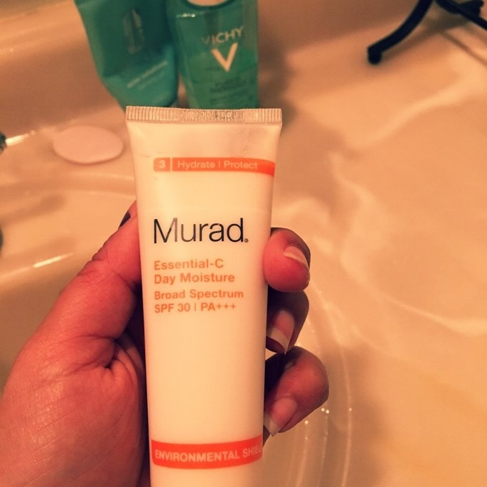 Murad Environmental Shield Essential-C Day Moisture uploaded by Meltem Y.
