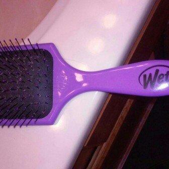Photo of The Wet Brush Pro Select Paddle Brush uploaded by Simone C.