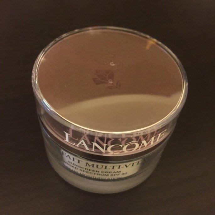 Lancôme BIENFAIT MULTI-VITAL - SPF 30 CREAM - High Potency Vitamin Enriched Daily Moisturizing Cream 1.69 oz uploaded by Lu C.