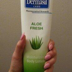 Dermasil Labs Dermasil Dry Skin Treatment, Original Formula 10 Oz Tube uploaded by Emily D.