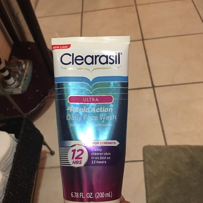 Clearasil Ultra Daily Face Wash Acne Medication uploaded by Patricia C.