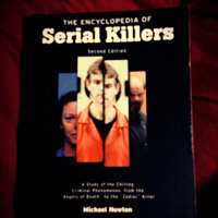 The Encyclopedia of Serial Killers (Facts on File Crime Library) uploaded by elizabeth h.