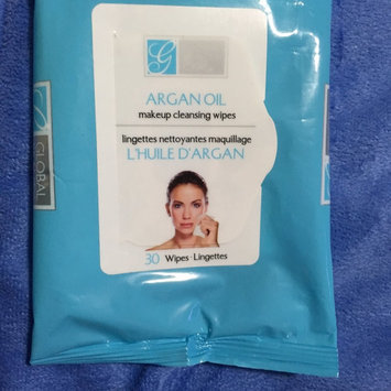 Photo of Global Beauty Care Premium Collagen Cleansing Cloths-60 Pack Wipes uploaded by Brenda C.