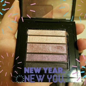 Photo of MAC Veluxe Pearlfusion Shadow uploaded by Shanda E.