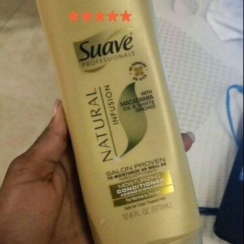 Suave Natural Infusion Macadamia Moisturizing Conditioner uploaded by Dayanel R.