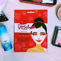 Yes to Tomatoes Clear Skin Acne Fighting Sheet Mask uploaded by Tina T.