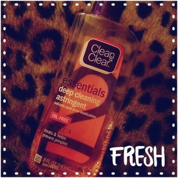 Clean & Clear Essentials Deep Cleaning Astringent uploaded by Vanna R.