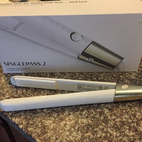 T3 SinglePass Straightening & Styling Iron, 1 uploaded by Rosa Y.