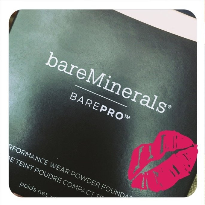 bareMinerals barePRO Performance Wear Powder Foundation uploaded by Kimberlee O.