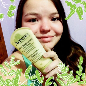 Aveeno Positively Radiant Skin Brightening Daily Scrub uploaded by Sarah H.