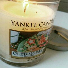 Photo of Yankee Candle Holiday Christmas Cookie Gift Set uploaded by Danielle L.