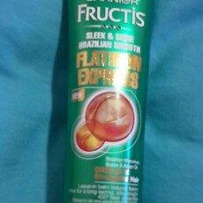 Garnier® Fructis® Sleek & Shine Brazilian Smooth Flatiron Express Leave-In Balm 5.1 fl. oz. Tube uploaded by Rylee B.