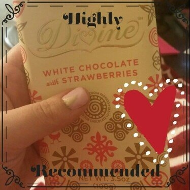 Divine Chocolate White Chocolate with Strawberries 3.5 oz uploaded by Samantha D.