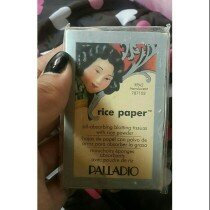 Palladio Rice Paper Powdered Blotting Tissues uploaded by Gabriela Z.