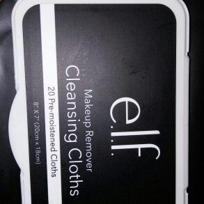 e.l.f. Studio Makeup Remover Cleansing Cloths uploaded by Holly N.