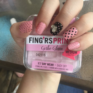Photo of Fing'rs Prints Press-on Nails, Girlie Glam - Sweet Silhouette, 1 set uploaded by Samantha r.