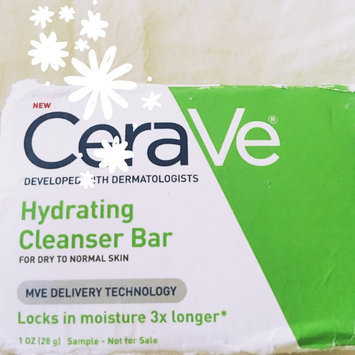 Photo of CeraVe Hydrating Cleansing Bar uploaded by Cassie *.