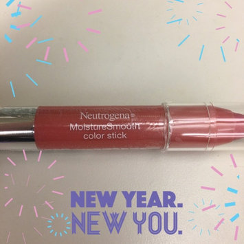Neutrogena MoistureSmooth Color Stick uploaded by Karen L.