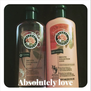 Herbal Essences Smooth Collection Shampoo uploaded by Jayla C.