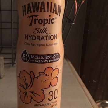 Photo of Hawaiian Tropic Silk Hydration Continuous Spray Sunscreen SPF 30 uploaded by Linda K.