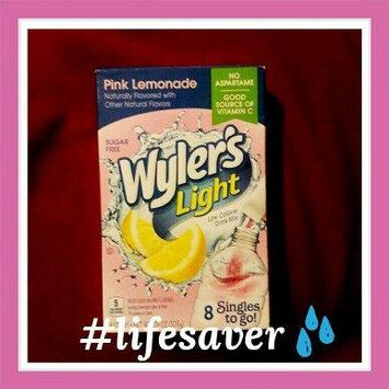 Photo of Wyler's Light Singles To Go Pink Lemonade Soft Drink Mix, 10ct uploaded by Karmen W.