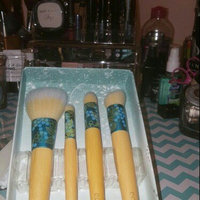 EcoTools 4-pc. Beautiful Complexion Makeup Brush Gift Set (Bamboo/Cream) uploaded by Porsha G.