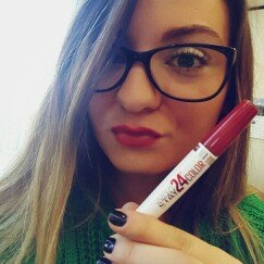 Maybelline Super Stay 24hr Ultimate Red Duo Lips - Amber Allure uploaded by Jillisa M.
