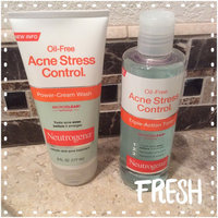 Neutrogena Oil-Free Acne Stress Control Salicylic Acid Acne Treatment uploaded by Jennifer F.