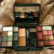 e.l.f. Mini Makeup Collection (27 Piece) uploaded by member-605c7de44