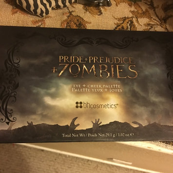 Photo of BH Cosmetics Pride + Prejudice + Zombies - Eye + Cheek Palette uploaded by Estefani L.