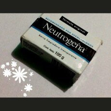 Photo of Neutrogena® Fragrance Free Facial Cleansing Bar uploaded by Valeria M.