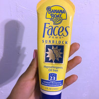 Banana Boat Faces PLUS Sunblock Lotion, SPF 23, 4 Fluid Ounces uploaded by Vasny M.