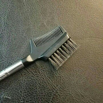 Photo of e.l.f. Brow Comb + Brush uploaded by Megan R.