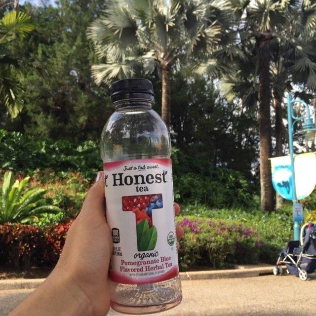 Honest Tea Organic Pomegranate Blue Herbal Tea uploaded by Vera C.