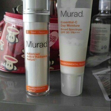 Murad Environmental Shield Essential-C Day Moisture uploaded by Lynette B.