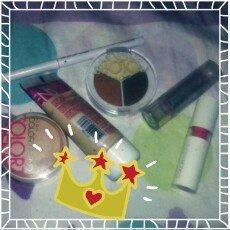 Photo of Yves Saint Laurent Gloss Volupte Lip Gloss uploaded by Lihh R.