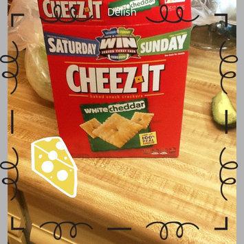 Sunshine Cheez-It Baked Snack Crackers White Cheddar uploaded by Elizabeth F.